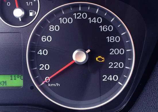 Форд фокус 3 пишет двигатель неисправен срочно сервис не заводится что делать